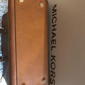 Michael Kors Bags - Michael Kors Cognac Handbag